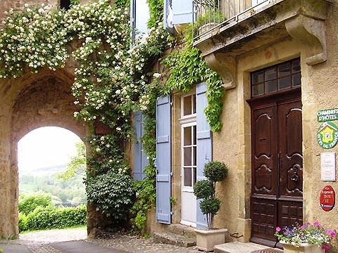 Maison d'hôtes de Charme et Caractère 4épis dans le Gers www.porte-fortifiee.eu