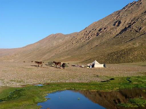 écotourisme trek Maroc: trekking, aventure,randonnées à pieds au Maroc